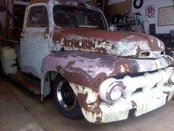 1.52 F100 rat rod truck