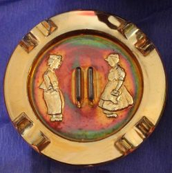 Dutch Twins ashtray marigold