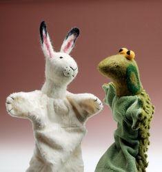 Pupu ja sammakko- nuket, Bunny and frog hand puppet