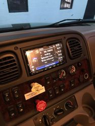 Freightliner RV Kenwood, Alpine, Kicker, & Hushmat