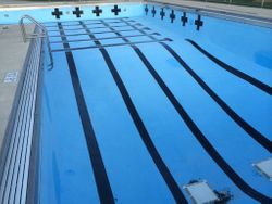 commercial pool refinishing