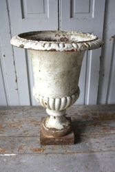 #19/103 Tall Cast Iron Urn