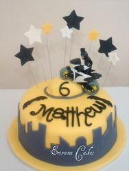 Batman Cake (B036)