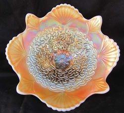 "Soutache 8 1/2"" domed deep flared plate, floral ext, peach opal"