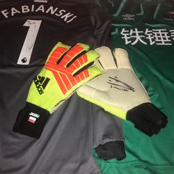 Lukusz Fabianski match worn and signed goalkeeper gloves