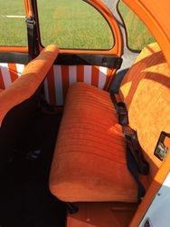 Oranje fluweel interieur