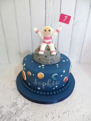 Astronaut and moon Birthday Cake