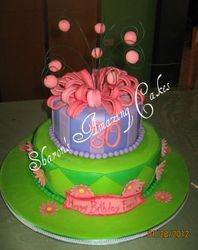 CAKE 34A1 -Bows & Balls