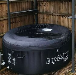 Private hot tub available for hire