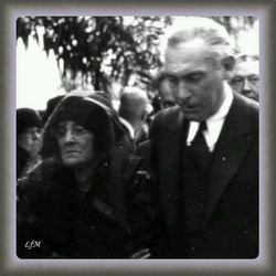Lew Cody with Mary Normand