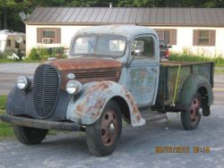 17.38 Ford 1.5 ton chassis truck