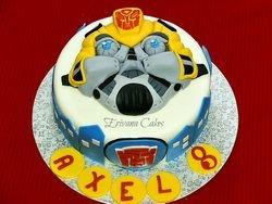 Bumblebee Transformer cake 2