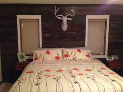 Awesome Reclaimed Barn Board Feature Wall