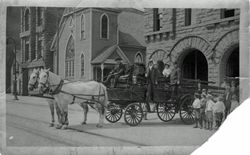 1900 Hose wagon photo (post card).