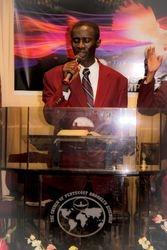 Eld. Osei leads worship