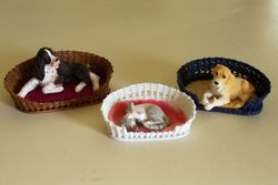 Wicker pet beds