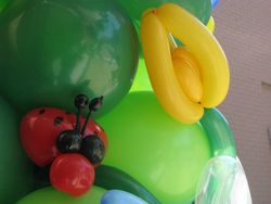 Ladybug Balloon Sculpture & Balloon Flower