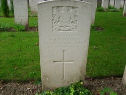 Pte. 352486. H. HENSHAW. 2nd 9th Bn.