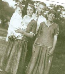 George Joshua Isett and Family