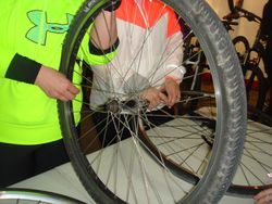 Tire change workshop at Rock & Road Cycle