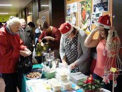 De kerstmarkt met Surinaamse soep en rijstpap