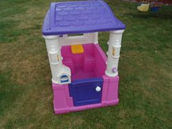 Step 2 Four Seasons Playhouse - $130