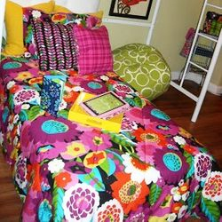 Va Va Bloom bed set