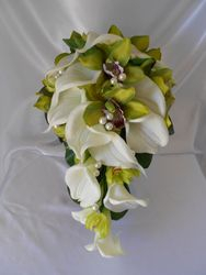 Teardrop Bouquet   #B37
