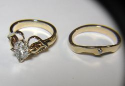 OVAL DIAMOND 14K GOLD WEDDING SET