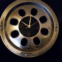Hub Cap Clock