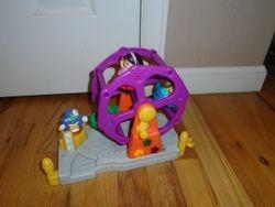 Fisher Price Little People Musical Ferris Wheel - $25