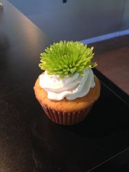 Real Flower Cupcakes