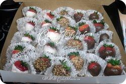 A box  of  strawberies
