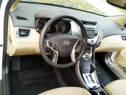 Hyundai Elantra Complete Interior Detail