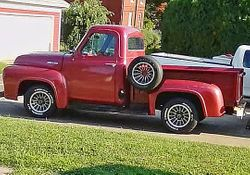 1.54 Ford truck