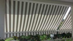 STORE BRAS DROIT PVC GRIS/BLANC