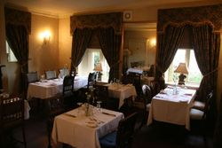 Yellow room restaurant