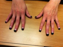 nails color tips make by Andy