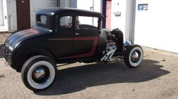36.29 FORD MODEL A 5 WINDOW COUPE