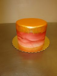 10 serving fondant with gold painting $80