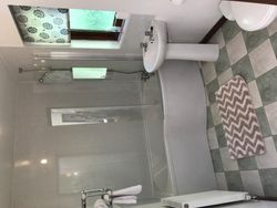Ivy Bathroom