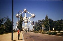 565 Atomium Exhib. grounds Brussels