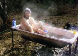 2005 Rob Edgar in the bath