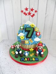 Hayden's 7th birthday giant cupcake