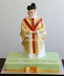 Priest cake4