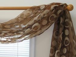 Circle Flocking Sheer 6-yard Scarf Valance (Item # SF419-68-61)