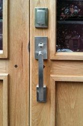 Harlem Door - Pull detail