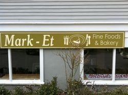Mark-Et, Fine Foods & Bakery
