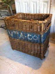 #17/206 Wicker Basket SOLD
