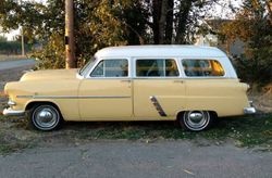 7.53 Ford Country squire wagon..